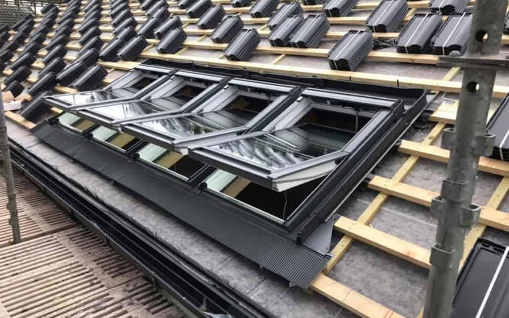 Renovering af tag med nye vinduer